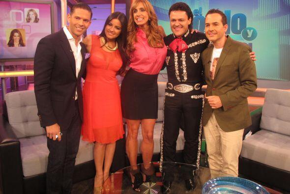 Los actores se presentaron en el show para hablar sobre su telenovela &q...