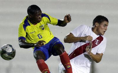 Aníbal Chalá jugó con Ecuador en el Sudamericano Su...