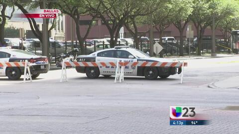 Continúan bloqueos en el Centro de Dallas por investigación tras tiroteo