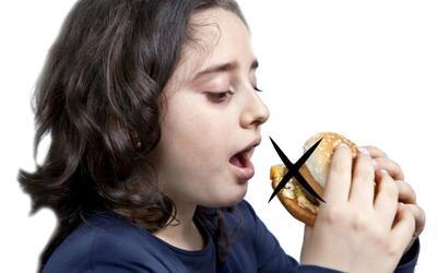 Hablar con los hijos del peso y la alimentación es clave para su...