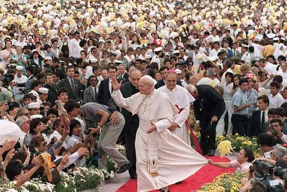 Países latinoamericános visitados por el Papa:Chile (abril...