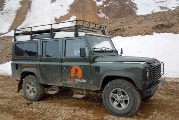 """En muchos países los modelos """"antiguos"""" de Land Rover se siguen comercia..."""