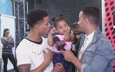 Christian Castro llegó con su bebé en brazos a La Banda