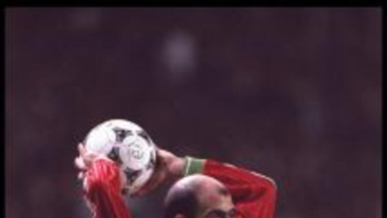 El exfutbolista búlgaro Yordan Letchkov, integrante de la selección búlg...