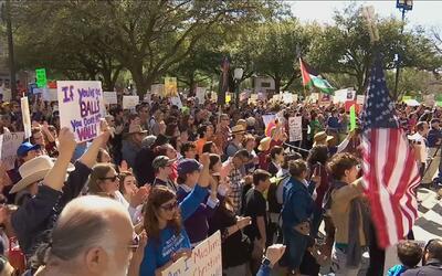 Medidas migratorias de Trump causan unión y solidaridad: manifestantes e...