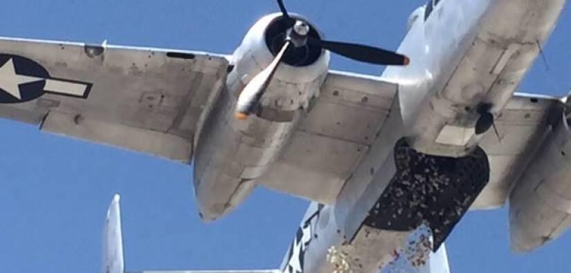 Un bombardero B-52 arrojará flores por el Memorial Day