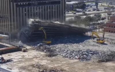 Accidente fue captado en cámara en plena demolición