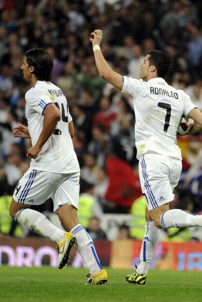 Cristiano Ronaldo, al igual que Messi, rompía con este gol su maleficio...