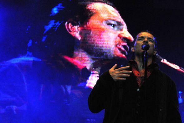 Totalmente entregado, Ricardo cantó los éxitos que lo han...