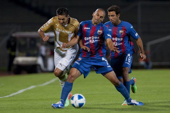 Jorge Hernández también fue campeón del Mundo Sub 17 en Perú y su carrer...