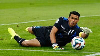 Noel Valladares se cae de la lista de Honduras con Ever Alvarado.