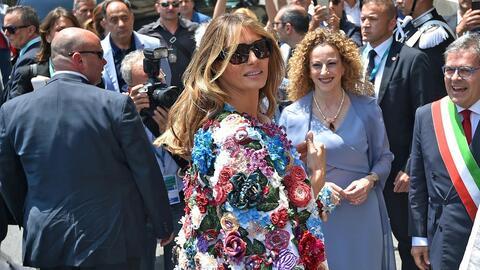 La chaqueta de 51,000 dólares que Melania Trump estrenó en Sicilia