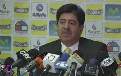Luis Bedoya anunció que Pekerman seguirá con la Selección Colombiana