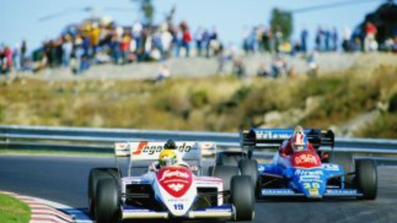 En el año 1984 Ayrton Senna desembarcó en el Campeonato Mundial de Fórmu...
