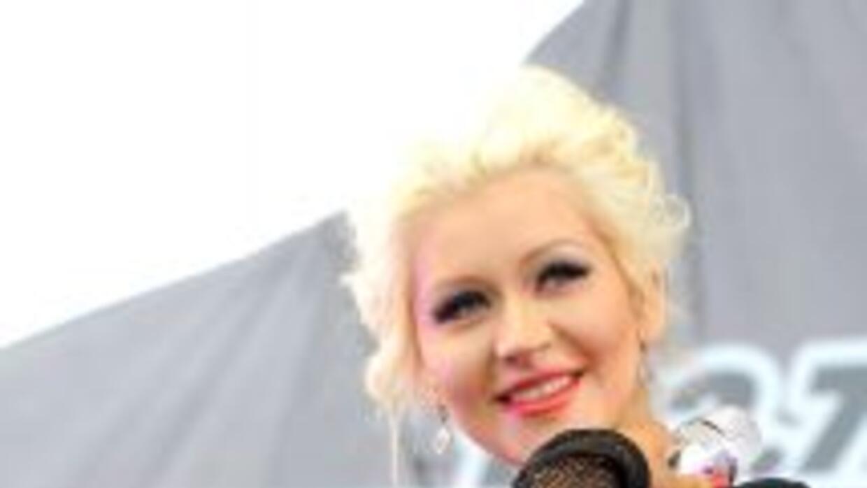 Christina Aguilera se encuentra muy feliz disfrutando de la maternidad y...