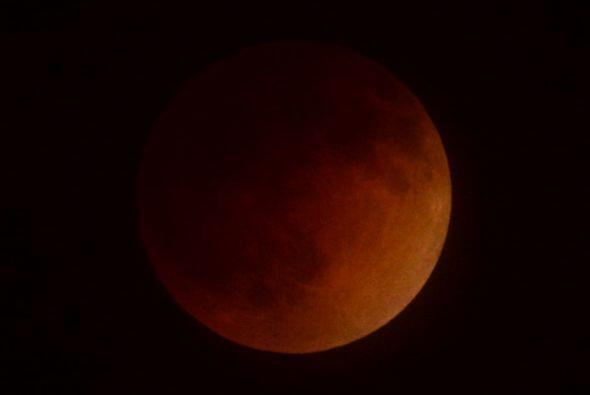 El eclipse total de luna desde Miami, Florida.