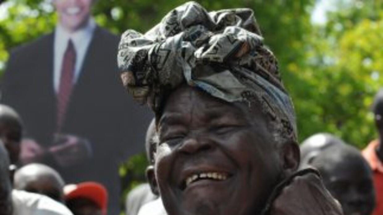 Sarah Obama es la abuela del presidente Barack Obama y vive en Kenia.