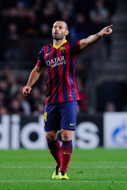 Javier Mascherano (6): Bien en la anticipación, una tarjeta en el...