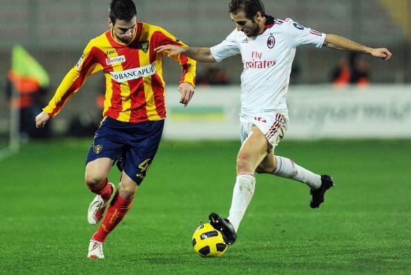 'Los rossoneri', ahora vestidos de blanco, visitaron al Lecce.