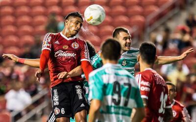 Santos y Xolos cierran la fecha 11 en el Estadio Corona en TSM.