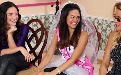 Alina no se quiere casar pero sí quiere fiesta