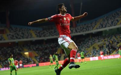 Benfica destrozó al Tondela de visita