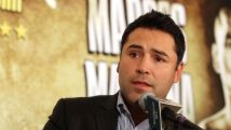 """""""scar De la Hoya está muy interesado en realizar una pelea entre Floyd M..."""