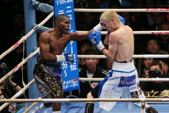 Rigondeaux impuso su buen boxeo ante el ímpetu y el mayor alcance del re...