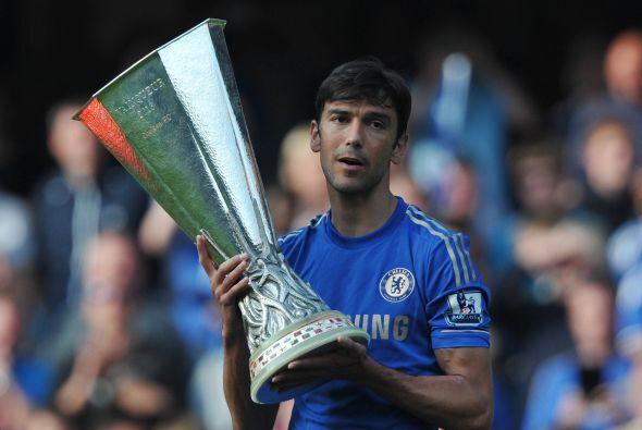 El portugués Paulo ferreira también decía adiós a los 'Blues' y agradeci...