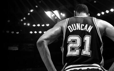 San Antonio Spurs retirará el número 21