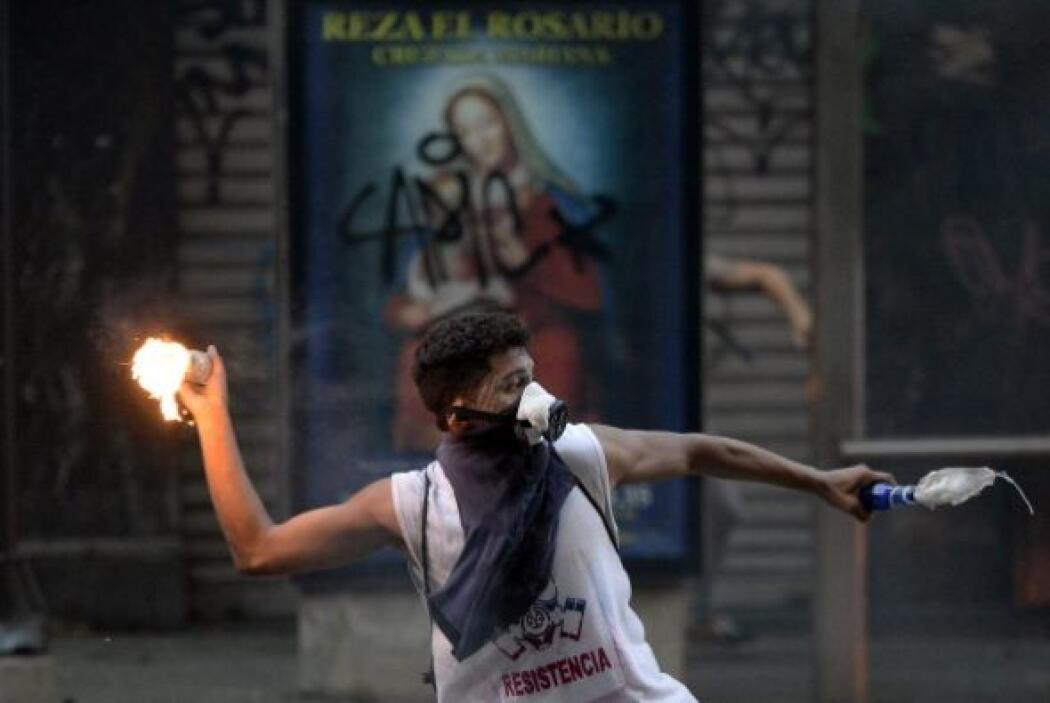 Las calles de Caracas volvieron a agitarse después de que efectivos de l...