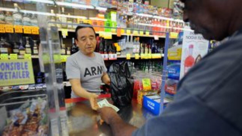 """El 44% de los estadounidenses considera que la situación económica es """"d..."""