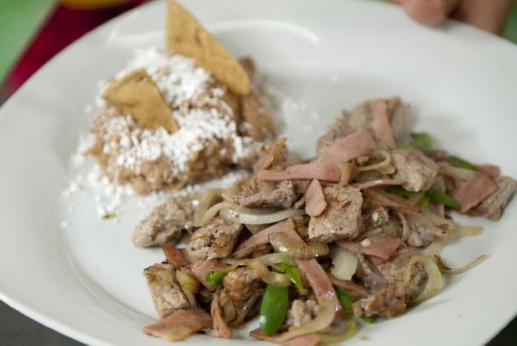 PUNTAS ALBA'IL: Una receta con bistec, cebolla, tocino y por supuesto, l...