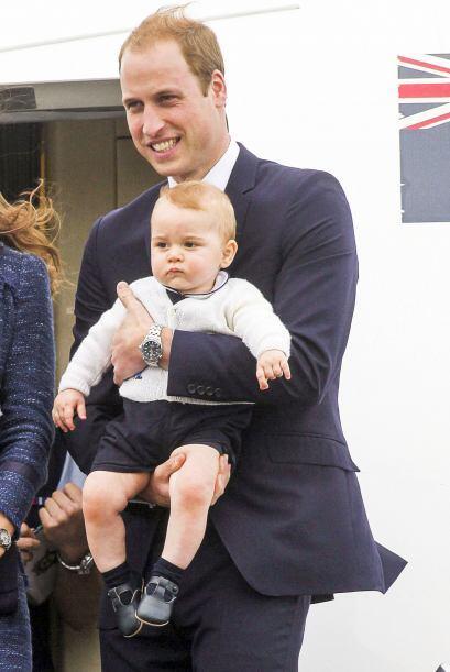 En su despedida de Nueva Zelanda, el orgulloso papá no se despegó de Geo...