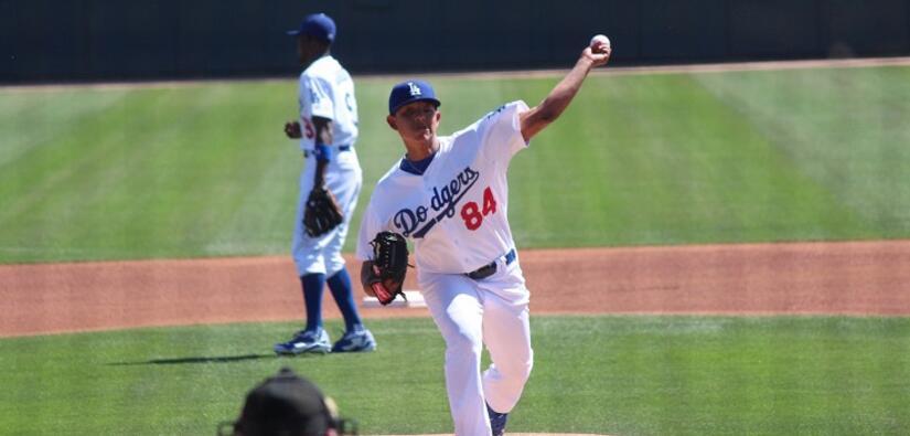 Julio Urías, pitcher de los Dodgers.