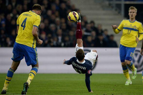 En el que finalmente se impusieron los galos 1-0 con gol de Varane.