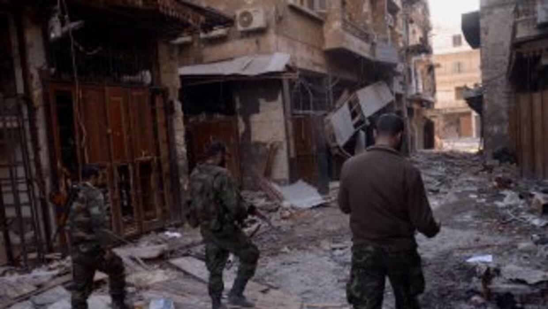 Atentado de coche bomba en Damasco deja al menos 11 muertos.