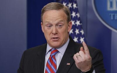Sean Spicer en su encuentro diario con los periodistas en la Casa Blanca...