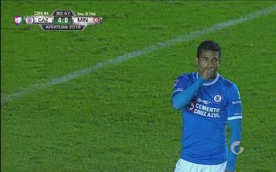 Joao Rojas selló el triunfo de Cruz Azul con un tiro penal