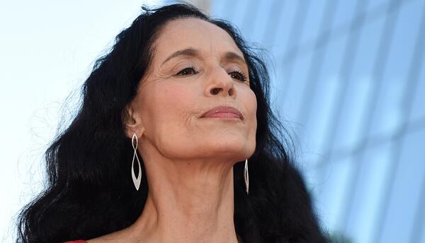 Sonia Braga aún se siente un símbolo sexual y lanza su nueva película