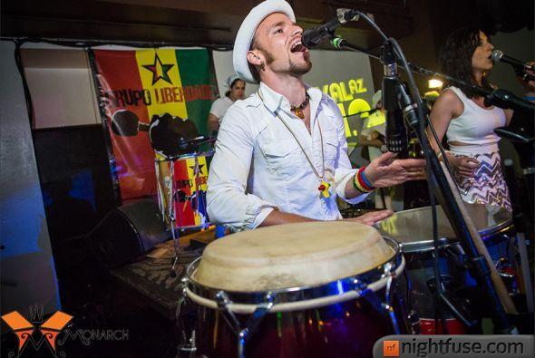 Grupo Liberdade, Capoeira Brasil y SambAZ celebraron su anual Carnaval c...