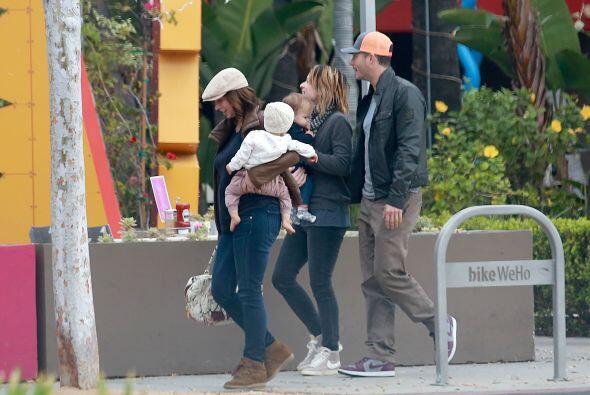 La actriz estaba acompañada también por su esposo, Brian H...