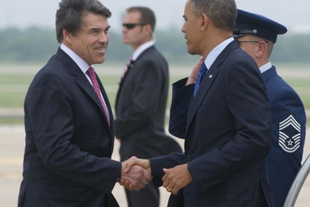 Antes de la llegada del Presidente, Perry dijo que Obama eligió venir a...