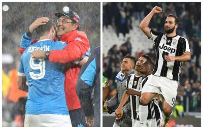 Maurizio Sarri, técnico del Napoli, fundido en abrazo con Pipa.