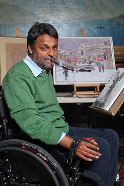 El libro es una colección de biografías de Artistas Pintores que realiza...