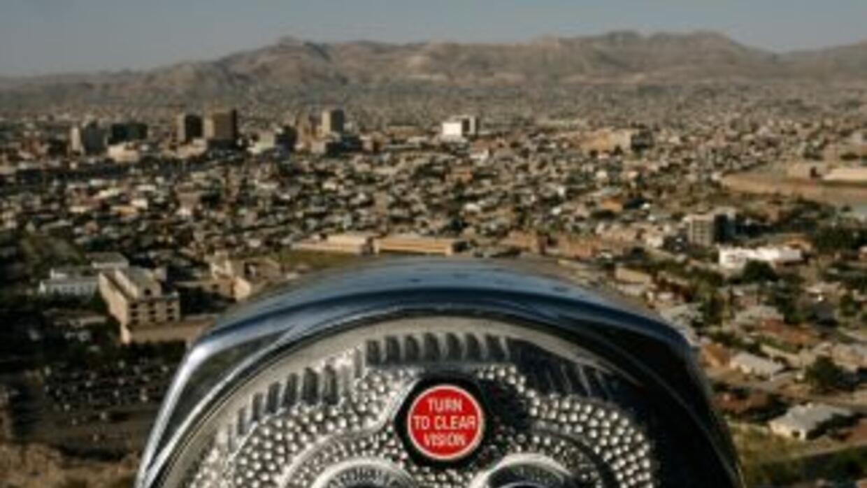 Una vista de El Paso, en la frontera con México. Del otro lado del puent...