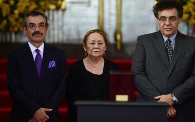 Cientos de personas rinden homenaje a Gabriel García Márquez en México