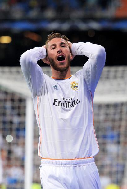 Sergio Ramos (8): Firmó una final inmaculada. Líder de la defensa para m...
