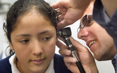 Salud integral para menores indocumentados