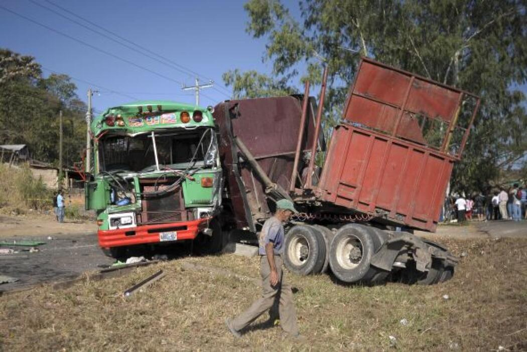 El múltiple accidente de tránsito fue a raíz de la imprudencia y exceso...